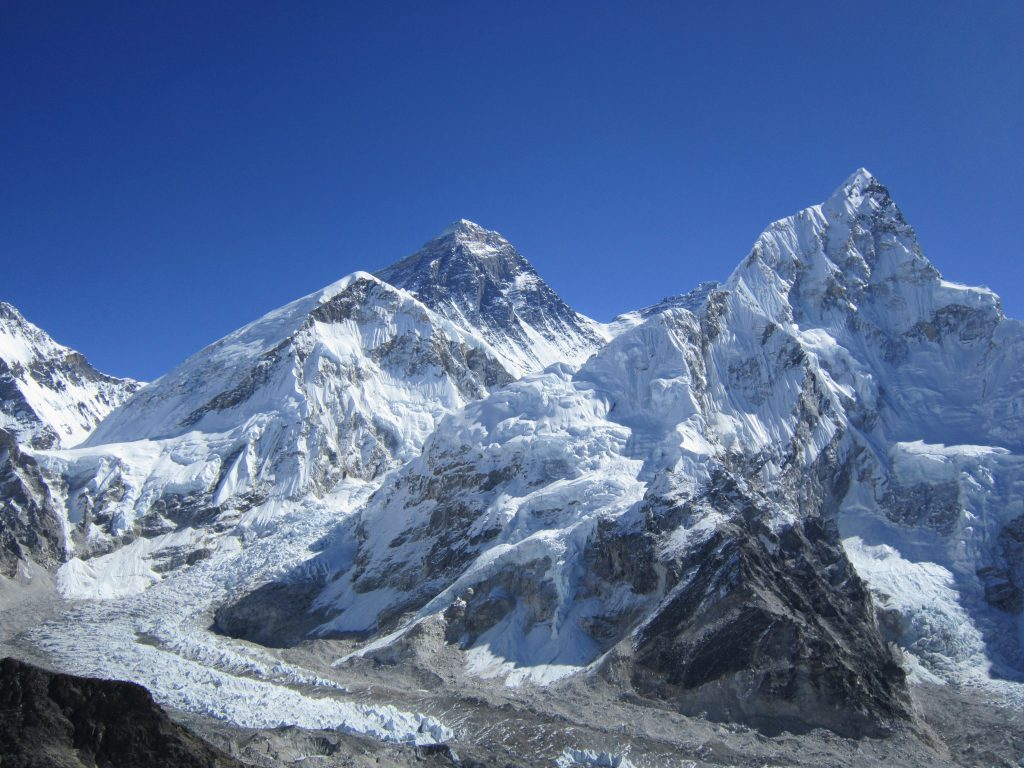 Everest_from_Khala_Phthar